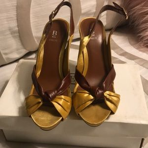 Bakers yellow satin and brown leather heels